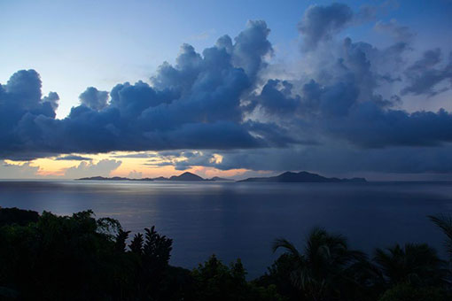 LES SAINTES SUNSET VIEUX FORT TAINOS GUADELOUPE
